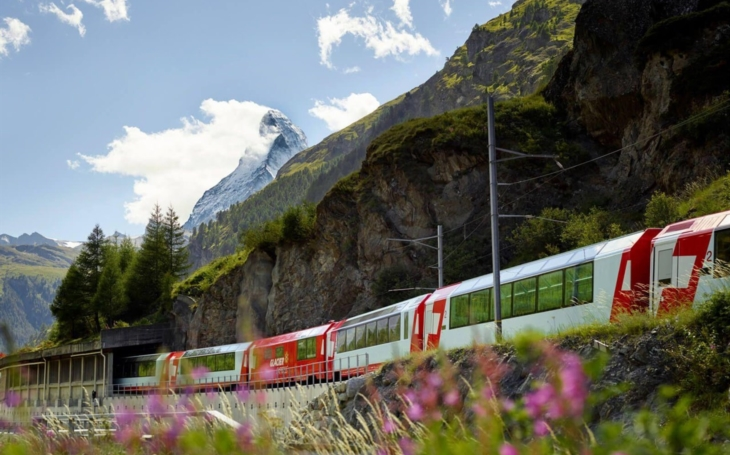 The most beautiful railroads in the world: Glacier - the slowest express train in the world