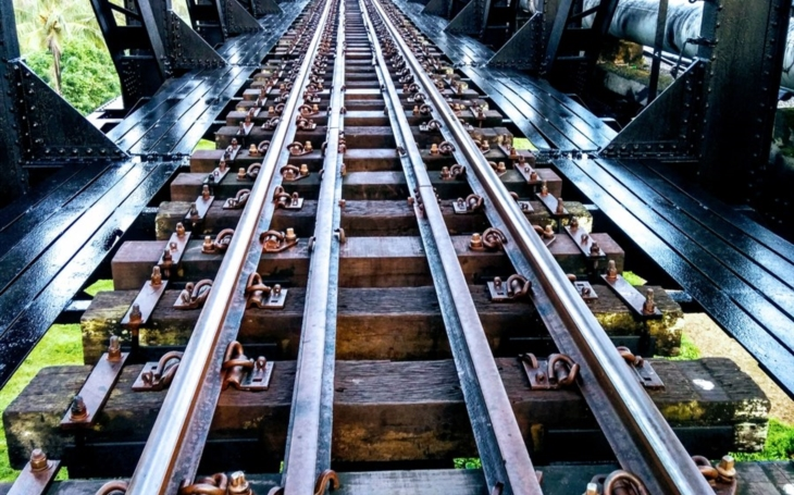 The Rail Pulse: The Transformation of 21st Century Rail Transport in USA