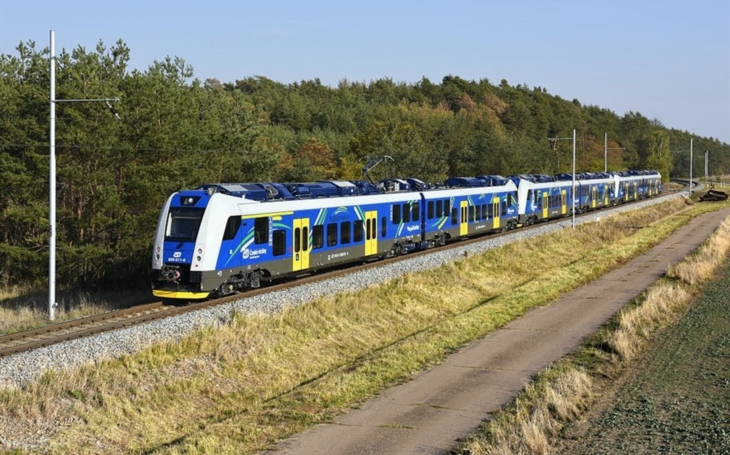 Škoda Transportation and Czech Railways signed another contract for the supply of RegioPanter cars