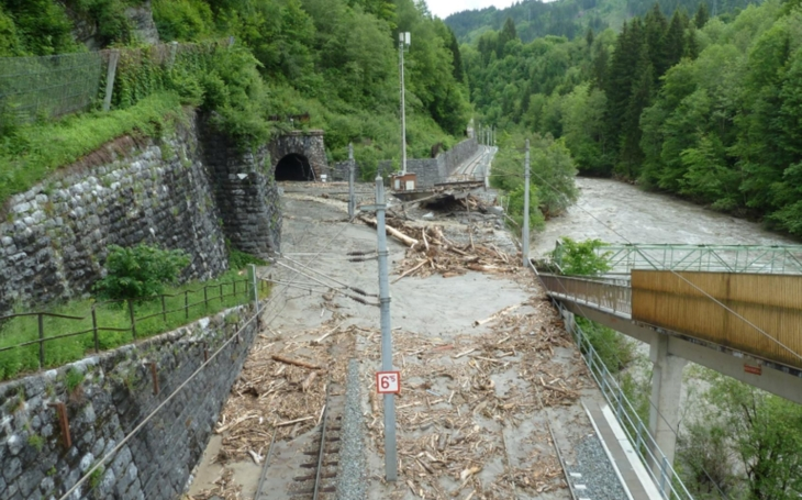 Floods in Europe cause serious disruptions to rail transport