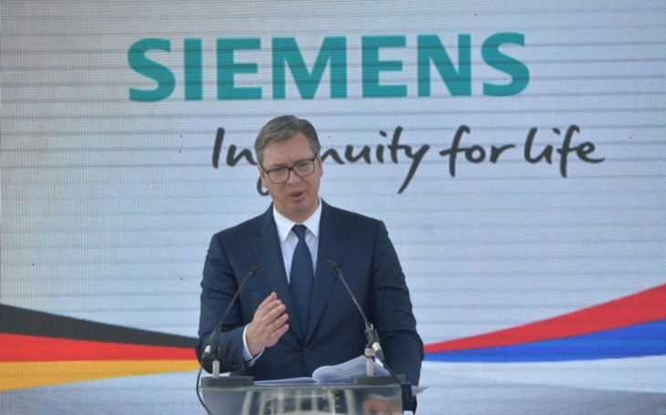 The President of Serbia, Aleksandar Vučić: Together with Siemens Kragujevac will become a railway vehicles production center in Europe
