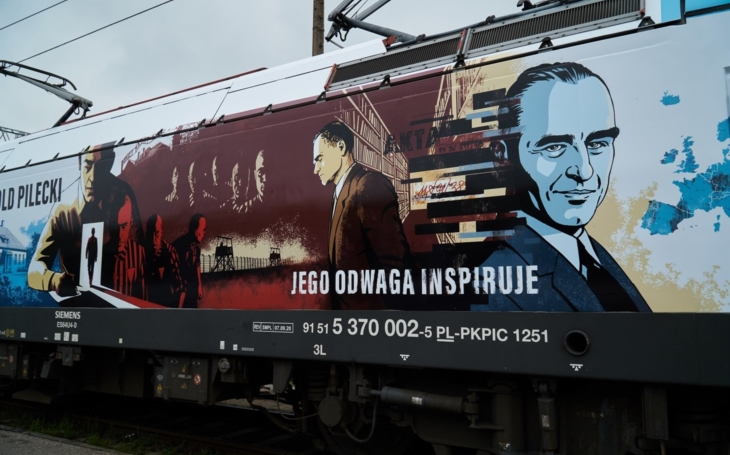 PKP Inntercity labeled its locomotive with graphics of national hero Toldo Pilecki