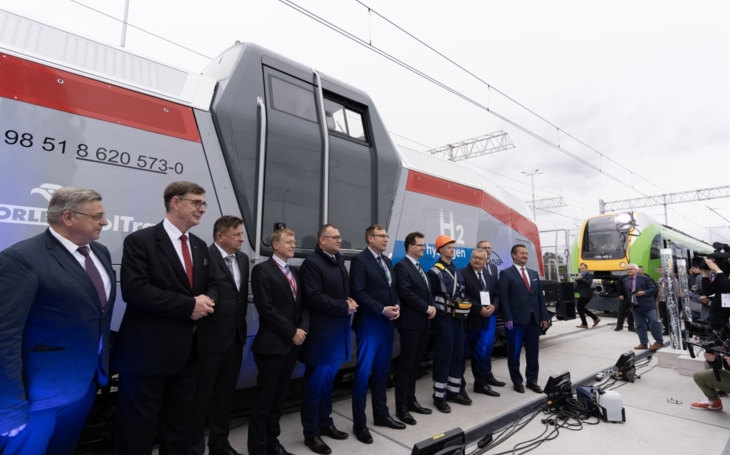 PKN ORLEN  wants to invest in the purchase of a hydrogen locomotive from Pesa Bydgoszcz S.A.