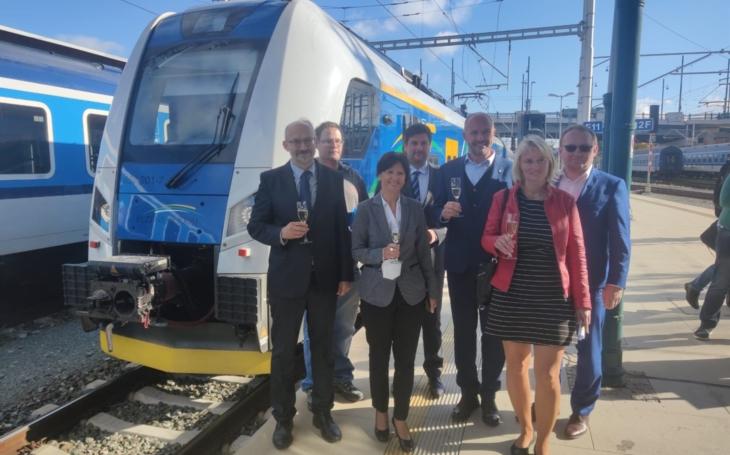 Czech republic: Panter's ceremonial baptism by Škoda Transportation took place in the Pilsen region