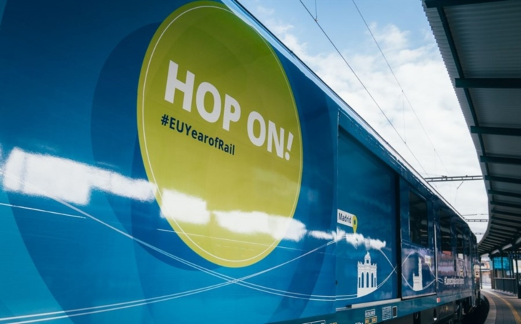 Connecting Europe Express: Special train is crossing the Europe
