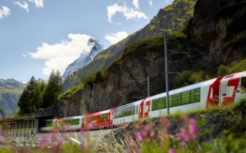 The most beautiful railroads in the world: Glacier - the slowest express…